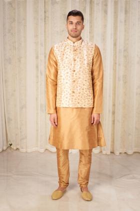 Men's jamawar waistcoat in gold