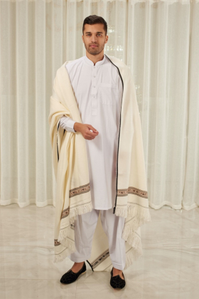 Men's wool shawl in cream