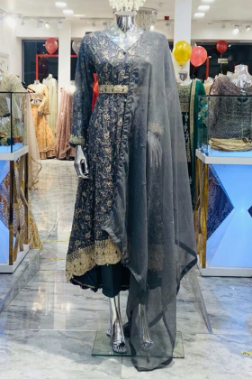 3 Piece chiffon embroidered breezamaxi in dark grey