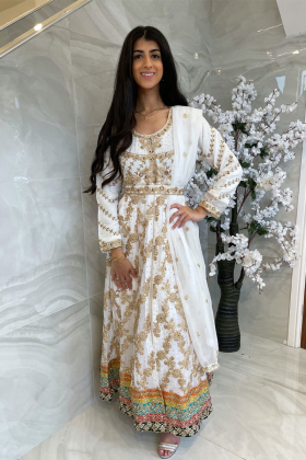 3 Piece luxury embroidered long dress in white on the chiffon overlay