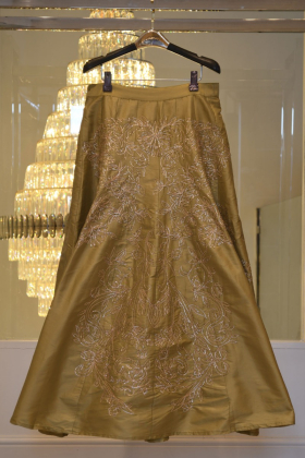 Exclusive olive lengha