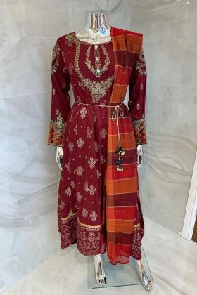 3 Piece casual luxury printed suit in maroon