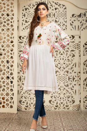 Peplum embroidered kurta in white