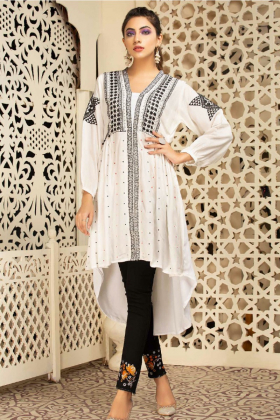 Lawn embroidered kurta in white