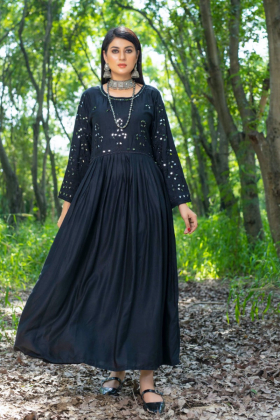 Ethnic casual linen embroidered kurti in black