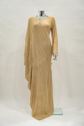 Knitted wool shawl in beige