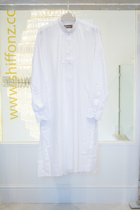 Mens embroidered white shalwar kameez
