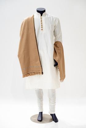 Men wool shawl in light beige