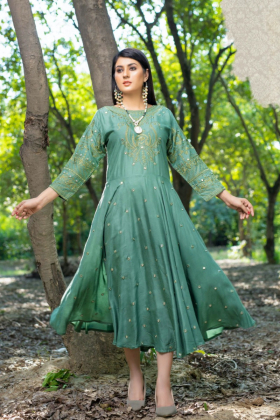 Ethnic casual linen embroidered kurti in green