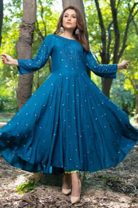 Ethnic casual linen embroidered kurti in turquoise