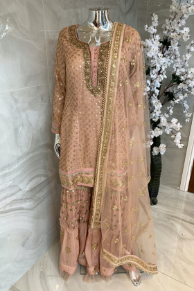 Peach and pink 3 piece luxury embroidered sequence embroidered lengha suit