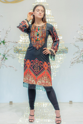 Rangja kurta in black orange