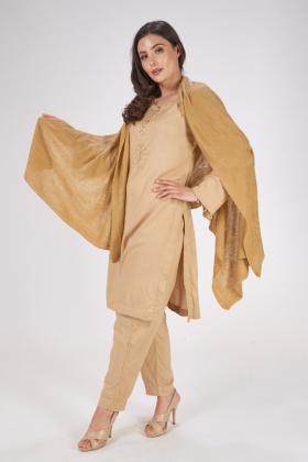 Wool shawl in beige