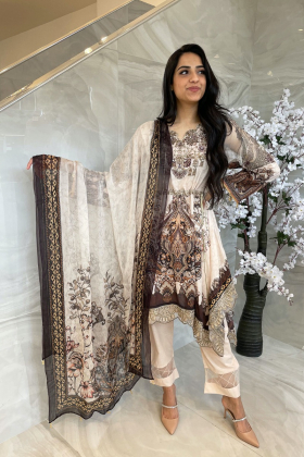 3 Piece luxury embroidered lawn light pink suit