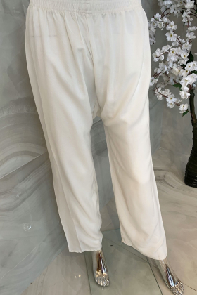 Plain casual trousers in white